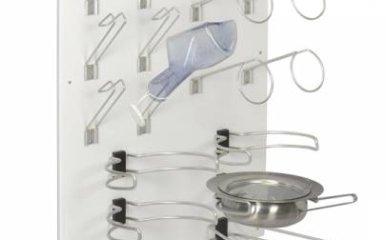 TechniCare biedt een totaaloplossing voor uw ondersteken en urinalen. Schoon en geordend opslaan. Dat is belangrijk.
